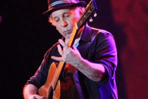 south-african-pride-paul-simon-joins-hugh-masekelas-75th-birthday-celebration-at-rose-theater-april-4