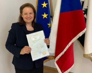 Zoë is once again a very happy European citizen.