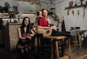 You definitely won't be barking up the wrong tree if you visit this fairy woodland café.